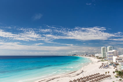 Strand von Cancun (Mexiko) im November